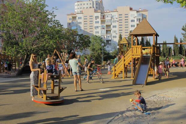 На благоустройство дворов в Севастополе дадут до 2,5 миллиона рублей
