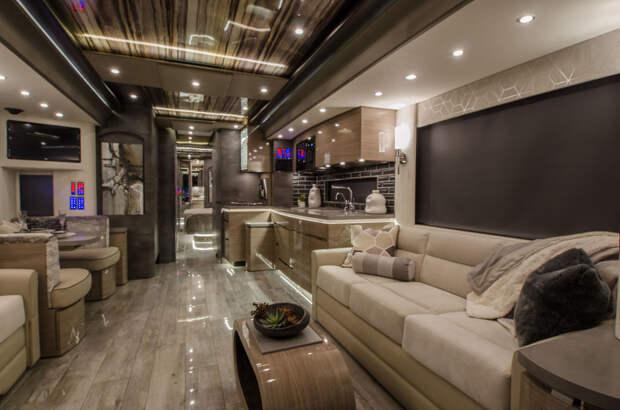 Роскошный 13-метровый дом на колёсах, разработанный Porsche, стоимостью $2 миллиона