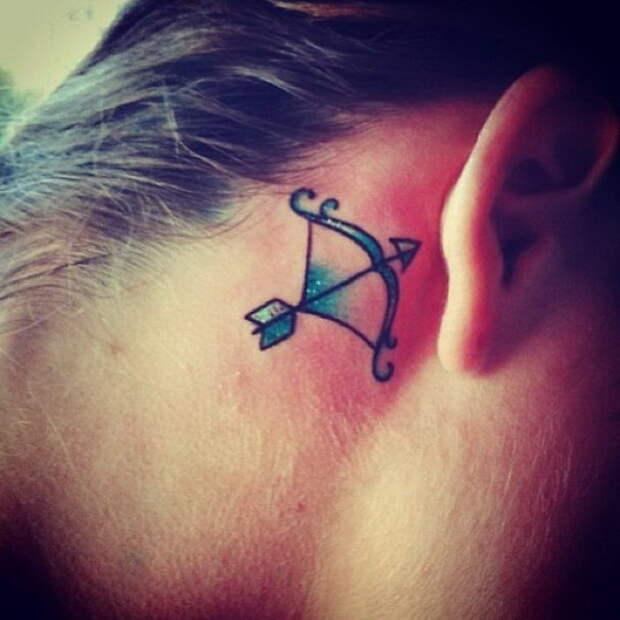 20 татуировок на ушах: скромно, стильно и очень красиво