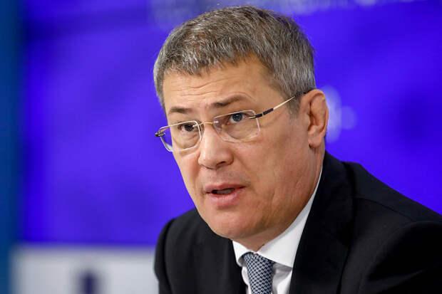 Глава Башкирии призвал «бледных как смерть» чиновников прививаться отCOVID