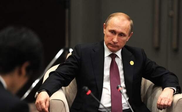 Путин назвал Турцию пособницей террористов