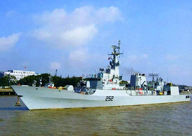 Фрегат ВМС Пакистана «Зульфикар»  прибыл в Санкт-Петербург