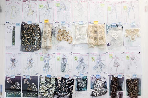 Образцы вышивки Lesage для осенней коллекции Chanel Haute Couture 2014 года © lejournalflou.com