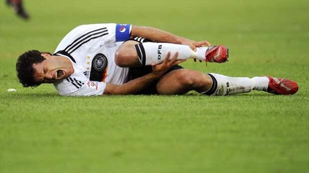В футбол играют настоящие мужчины