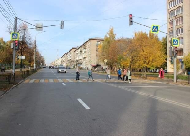 В Ижевске «оптимизируют» два пешеходных перехода через улицу Пушкинскую