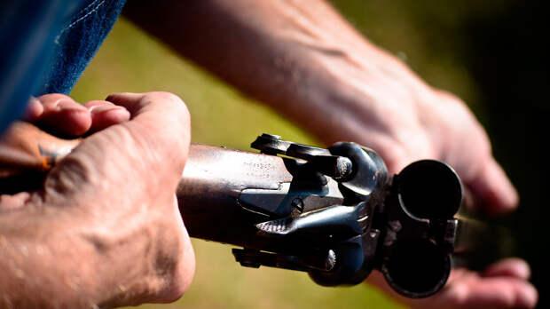 В Омске мужчина, которого не пустили в кафе открыл стрельбу