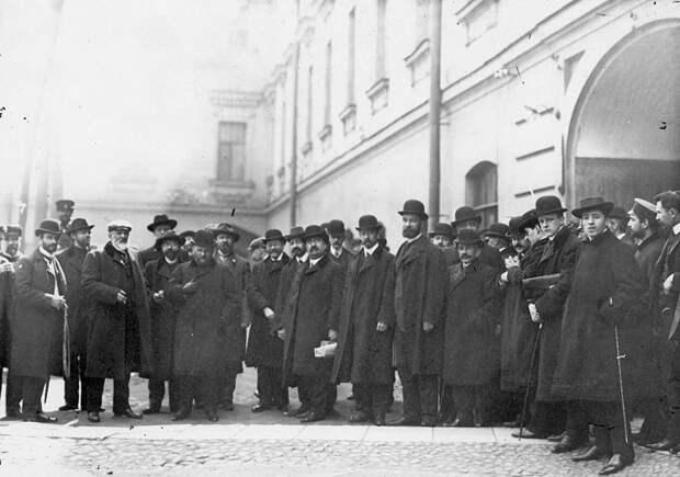 Три месяца тюрьмы депутатам Госдумы за «гандизм»
