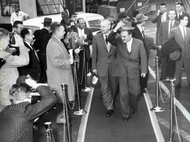 Анастас Микоян во время своего плодотворного визита в США в 1936 году