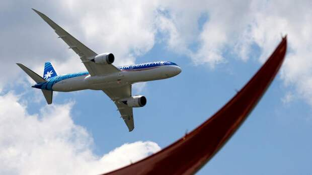 самолет авиа кризис