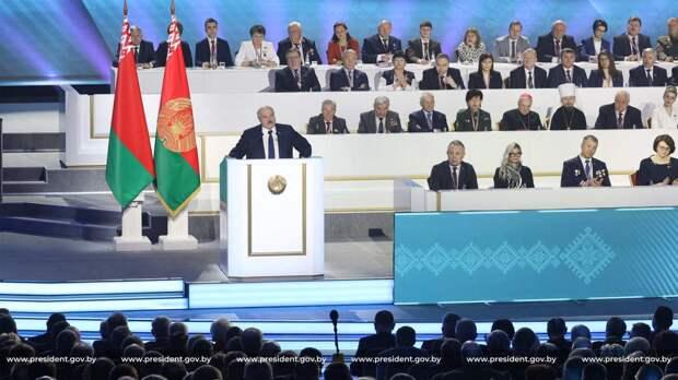 Противостояние: белорусские власти ставят на большинство народа, Запад – на «гражданское общество»