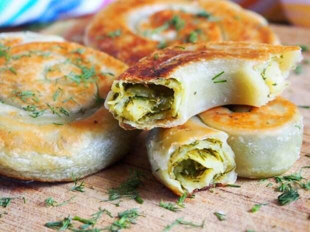 Вкусная закуска для пикника - лепешки с зеленью