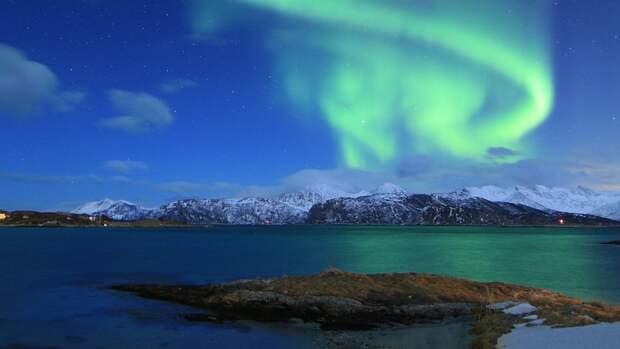 «Михаил Сомов» доставит важный груз на труднодоступные станции в Арктике