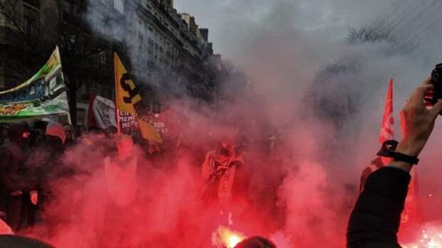 """Европейцы """"забывают"""" о правах человека во время протестов"""