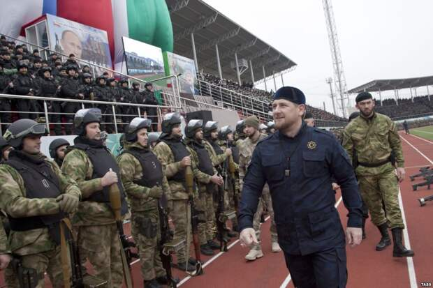 Кадыров попросил у Путина разрешения отправиться воевать в Сирию