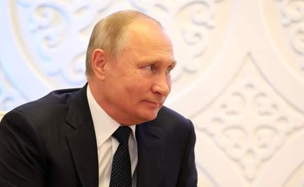 Путин прибыл в Сингапур с трёхдневным визитом
