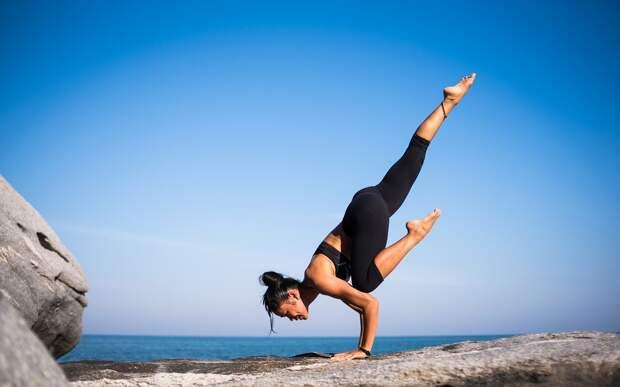 Тренер по йоге представил эффективную короткую тренировку