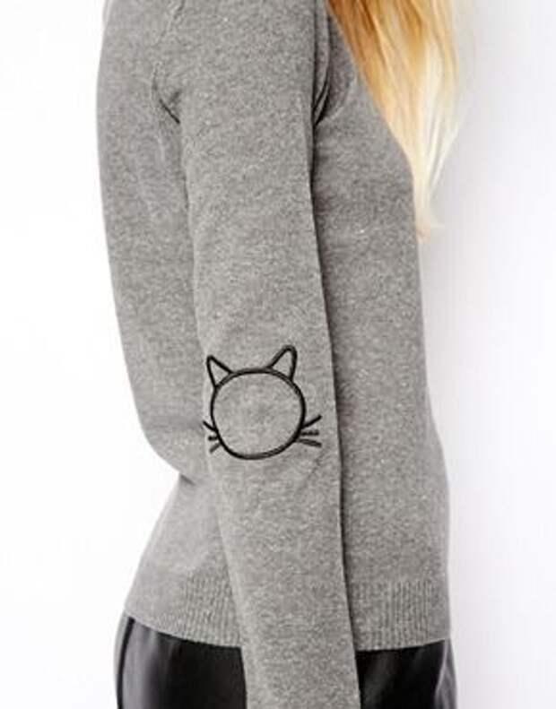 Вышивка на локте свитера