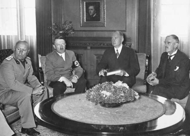 Мюнхенский сговор, раздел Чехословакии, Судетская область, 1938 г Фото: amymantravadi.com