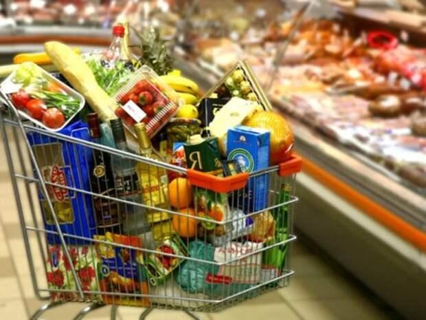 Стоимость продуктов в Украине растет: на что увеличились цены?
