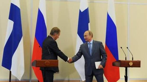 В.Путин и С.Ниинисте. Архивное фото