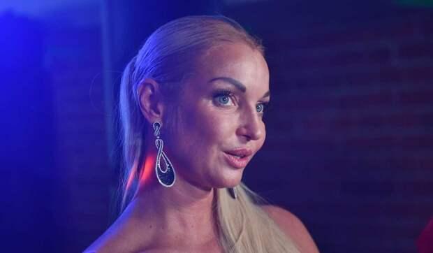 Ведущая «второй кнопки» объявила о свадьбе с бывшим мужем Волочковой