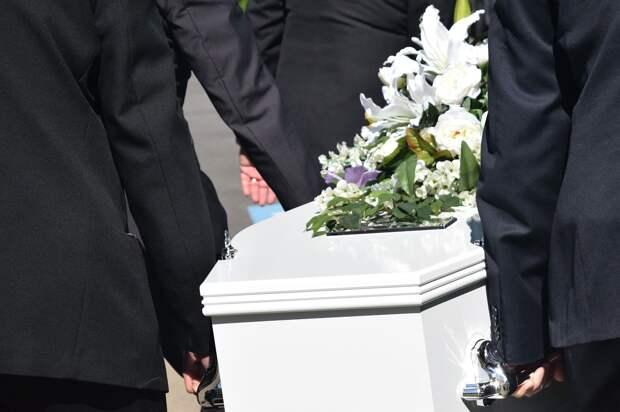 Деньги на похороны живого 7-летнего сына собирала жительница Иркутской области
