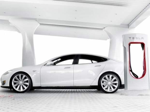 Tesla создаст электрокар с невероятным запасом хода
