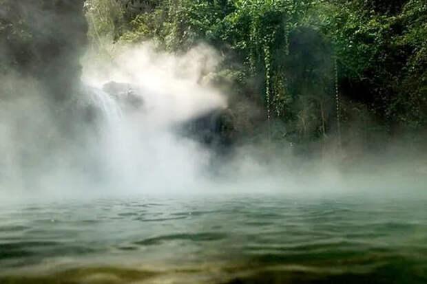 Кипящая река: 6 километров кипятка вПеру