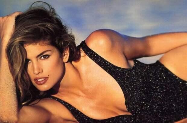 Ее называли секс-символом 1990-х гг. | Фото: brand-mag.com