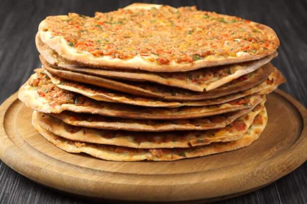 Турецкая уличная еда: просто заверните в неё любимые овощи