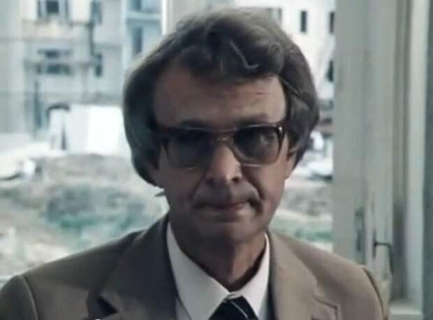 Юрий Родионов в фильме «Снег в июле» (1984)