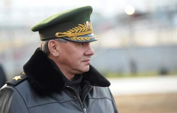 Шойгу засветился в Севастополе - военнослужащие остались довольны