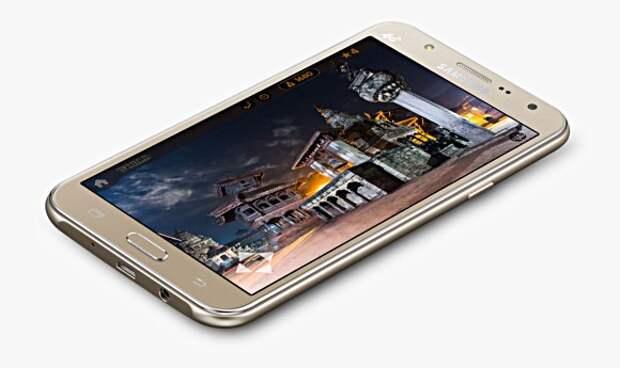 Samsung анонсировала селфи-смартфоны Galaxy J7 и Galaxy J5