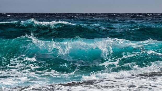 Российский турист погиб на отдыхе в Испании при попытке вытащить подругу из моря