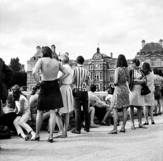 Потрясающие фотографии Парижа в 1968 году