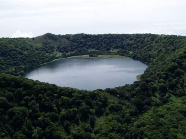 9. Лаго-де-Мока (Лаго-де-Бяо), Экваториальная Гвинея в мире, озеро, природа