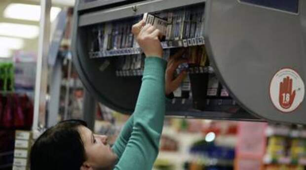 Покупателям с детьми могут запретить продажу алкоголя и сигарет