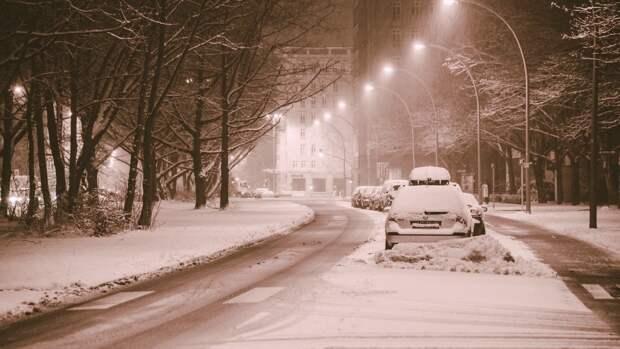 Синоптики центра «Фобос» спрогнозировали в нескольких районах России метели и снег