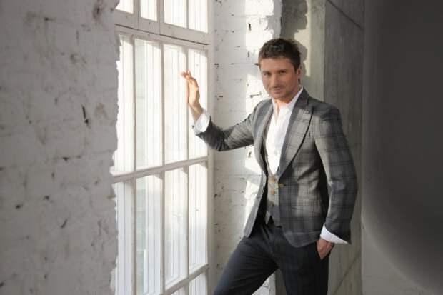 В Сети появились скандальные фото Сергея Лазарева в день финала «Евровидения»