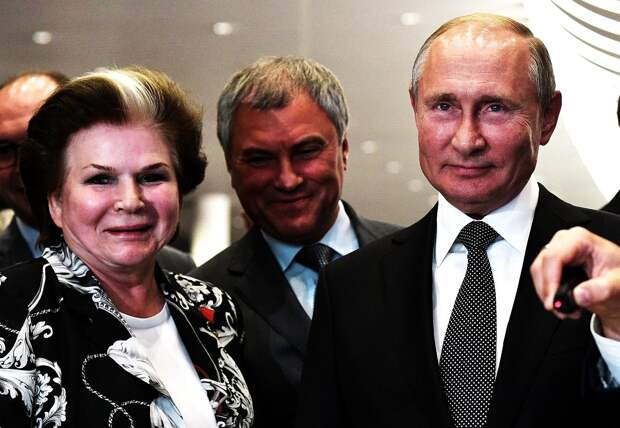 Обнуление Терешковой: 84-летняя женщина-космонавт собирается в Госдуму ещё на 5 лет !