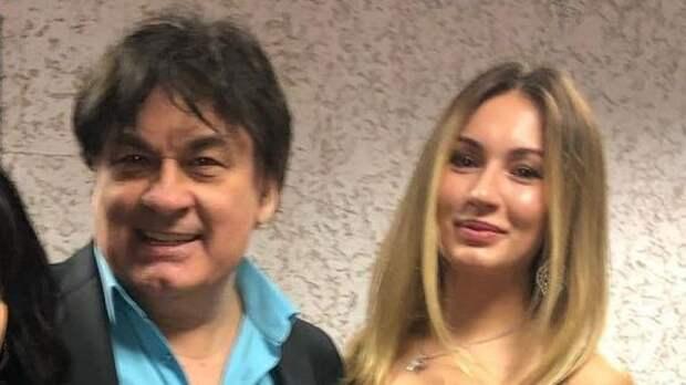 """Серов поссорился с дочерью после ее свадьбы: """"Она меня не понимает, не слышит"""""""