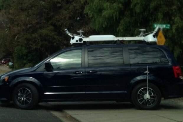 Apple разрабатывает самоуправляемый автомобиль