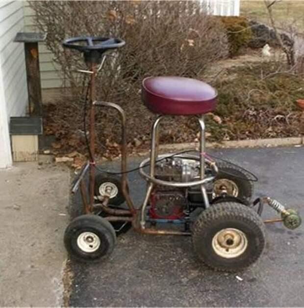Моторизованный барный стул.