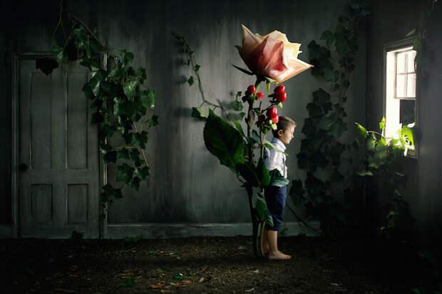 Дети в сюрреалистическом мире румынского фотографа