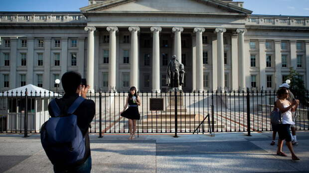 Минфин США уперся в потолок госдолга и оправдался пандемией