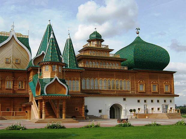 Деревянный дворец царя Алексея Михайловича в Коломенском