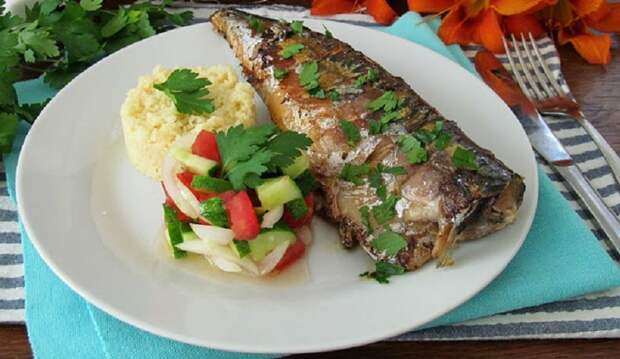 Жареная скумбрия по-новому: превосходная рыба в пикантном маринаде