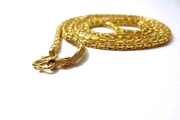 Золотая цепочка, драгоценности. Фото: pixabay.com