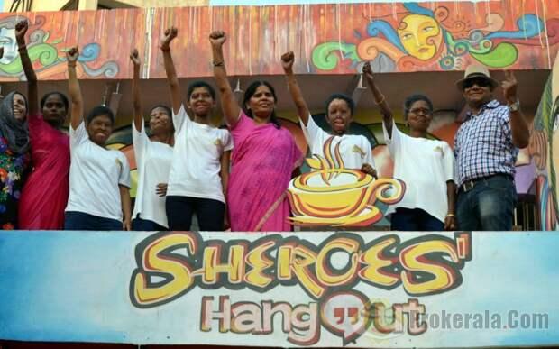 Кафе в Индии, клиенты которого - женщины, ставшие жертвами кислотных атак