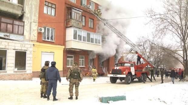 Из-за взрыва газа в пятиэтажке Луганска попал в больницу глава НМ ЛНР